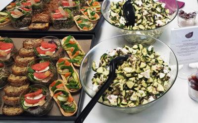 Quelle quantité de nourriture par personne pour un buffet ?